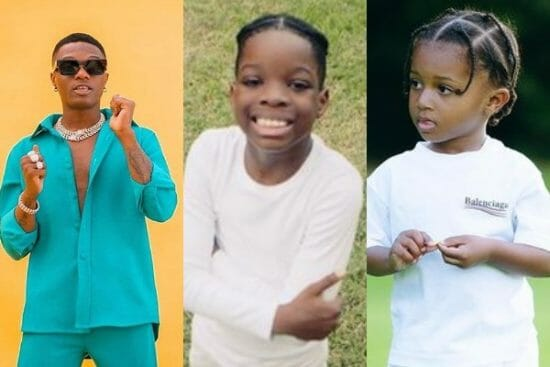 Wizkid hails as his sons, Boluwatife and Zion play together